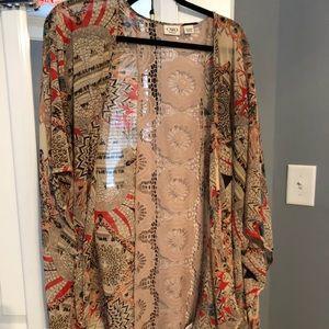 Chiffon kimono with design in back